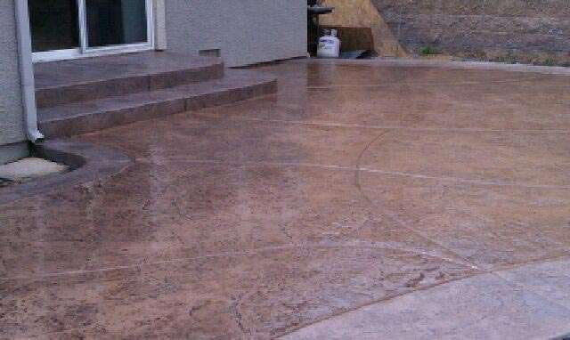 residental backyard custom stamped concrete